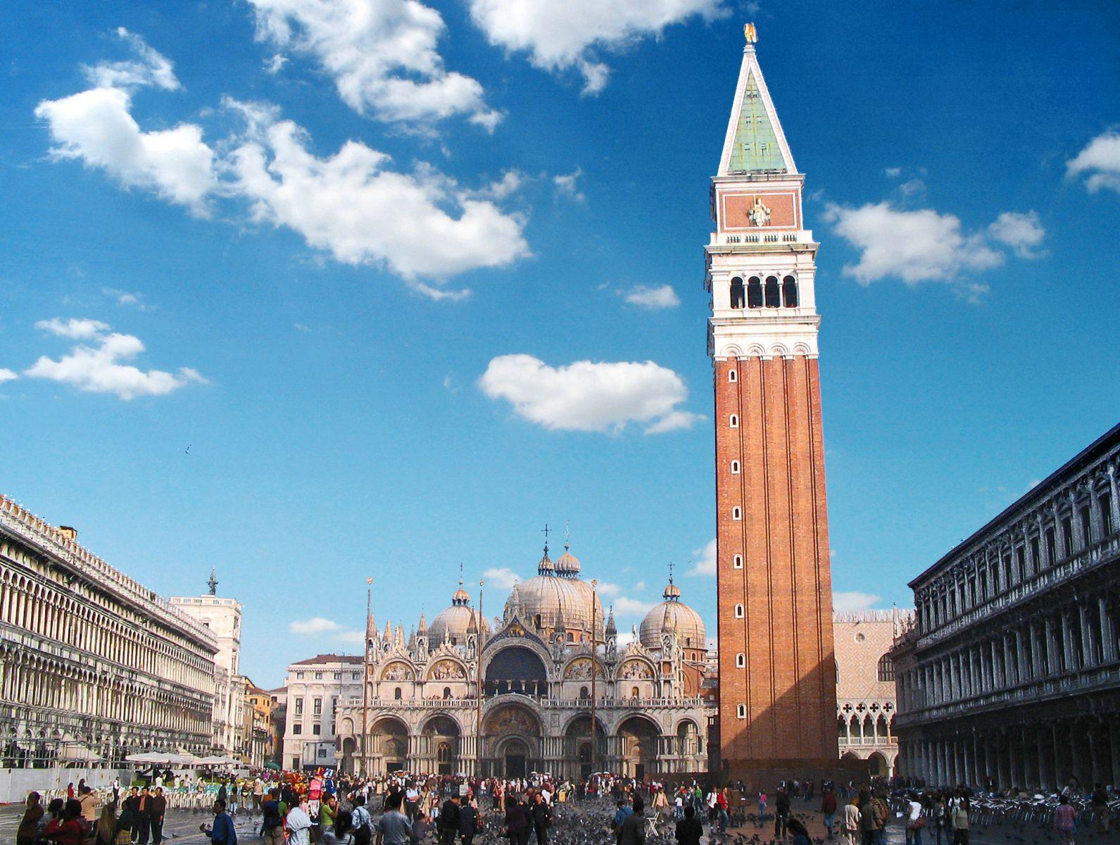 venezia veneto italia campanile di san marco monumento storico ...